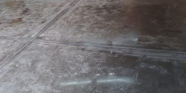 Пол с топпингом в частном боксе. 55 м2, 4 дня